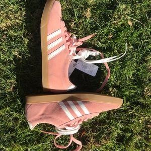 Adidas courtset suede pink